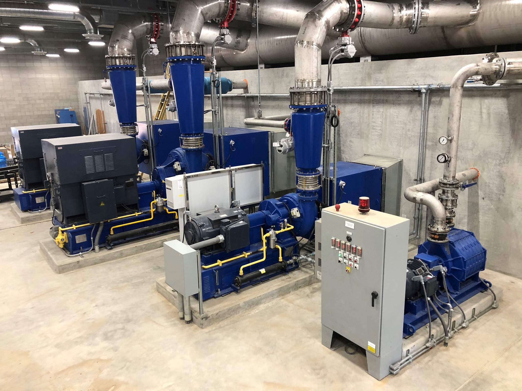 Lone Star is the premier manufacturer of Geared, Gearless, and Multistage Turbo blowers and Control Systems located in Houston, Texas USA. Our experience combined with reliable and efficient technologies can make a difference on your next project.