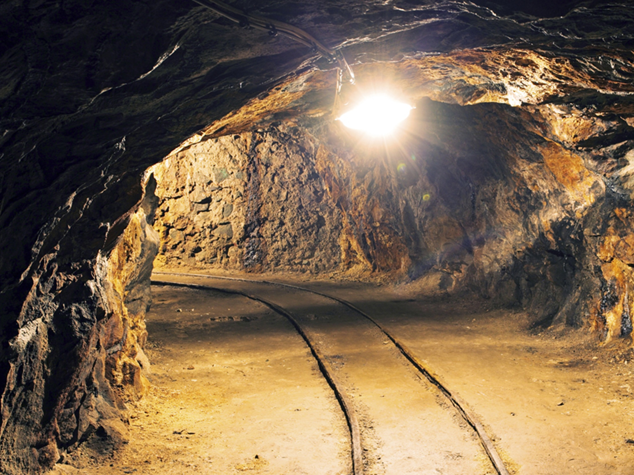 Lone Star systems are rugged and require little maintenance Mining applications require blower systems that run in an extreme environment often times at high altitude. Systems Lone Star offers are rugged and require little maintenance as well as portable to be able to quickly and safely move as demanded. Let our experience work for you on your next project.